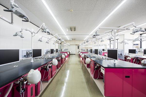 基礎実習室